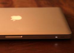 MacBook Proスリープ表示灯