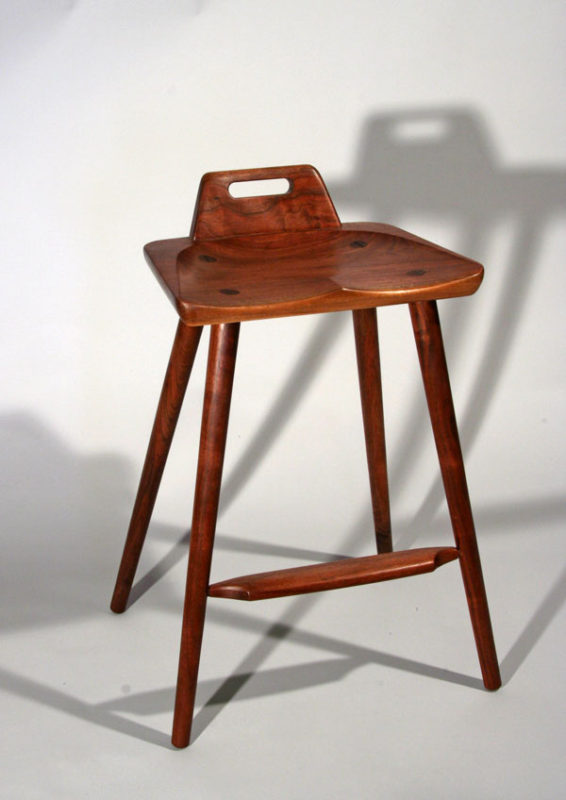 aa.2010High.stool3